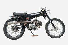 Honda Dax by Deus Ex Machina Bobber Motorcycle, Motorcycle Engine, Girl Motorcycle, Motorcycle Quotes, Custom Moped, Custom Bikes, Vintage Motorcycles, Custom Motorcycles, Custom Choppers