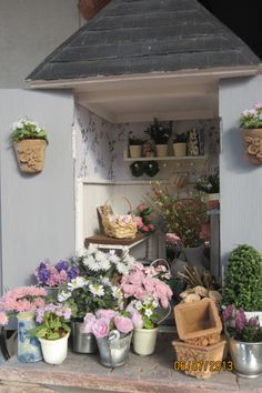 it would be nice if I could ad the scent of flowers now. miniature floweshop