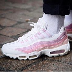 Sneakers Femme - Nike Air Max 95 - Pic by Queenoutfitter