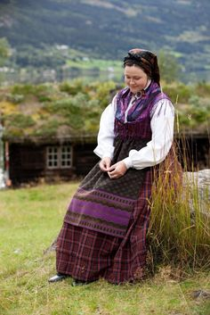 FolkCostume&Embroidery: Overview of Norwegian Costumes, part The eastern heartland Folk Costume, Costumes, Traditional Outfits, Norway, Scandinavian, Two By Two, Culture, Embroidery, People