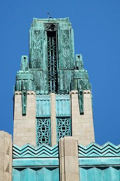 Bullock's Wilshire. Architects: John and Donald Parkinson (1929). Style: Deco.   3050 Wilshire Blvd., Los Angeles, Los Angeles, CA 90010.