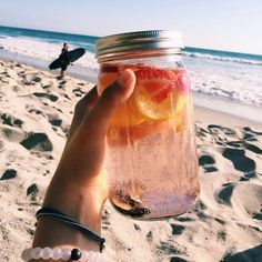 Hydrate Yo Self :: Delicious Smoothies :: Fruit & Vegetable Juicing :: Recipes for Health :: Detox + Diet juices :: See more Untamed Hydration Inspiration @untamedorganica ::