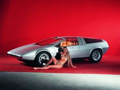 VOLKSWAGEN-PORSCHE TAPIRO Concept Car