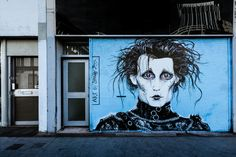 HLN Trolled By Edward Scissorhands Supporter – The Full Story - http://www.morningnewsusa.com/hln-trolled-by-edward-scissorhands-supporter-the-full-story-2338269.html