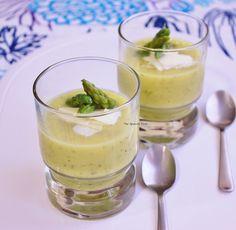 Crema de espárragos verdes y queso curado. http://www.thespanishfood.es/2013/05/crema-de-esparragos-verdes-y-queso.html
