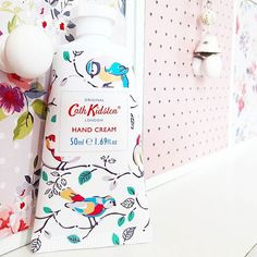 I know my eyes are all watery with the flu but it took Lillibug to find my #cathkidston handcream 👀👀👀 It was blending in too well with my drawers 😂😂 . . . #irishblbinspire #itwbn #thegirlgang #irishblogger #irishbbloggers #lbloggers #lifestyleblogger #beauty #instablogger #instabeauty #thatsdarling #flashesofdelight #bbloggers #beautyblogger #igdaily #instadaily #handcream #birds #shabbychic
