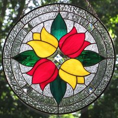 Living Glass Art: Stained glass tulips in red and yellow Stained Glass Suncatchers, Faux Stained Glass, Stained Glass Designs, Stained Glass Panels, Stained Glass Projects, Stained Glass Patterns, Mosaic Art, Mosaic Glass, Fused Glass