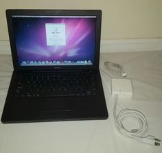 "Apple MacBook 13.3"" Laptop - MA701LL/A (November 2006) 60Gb works Black"
