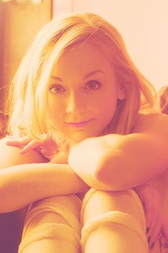 TALENTED ACTRESS & SINGER, EMILY KINNEY