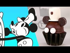 How to Make a Steamboat Willie Cupcake Mickey Cupcakes, Disney Princess Cupcakes, Princess Cupcake Toppers, Ladybug Cupcakes, Snowman Cupcakes, Giant Cupcakes, Disney Desserts, Disney Food, Disney Recipes