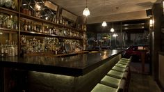 A destination bar at the heart of Mexico City& burgeoning cocktail culture, Licoreria Limantour, award-winning head barman Jose Luis Leon regularly plays host to international mixologists. Mojito, Whisky, Nomad New York, Gin, Connaught Hotel, Vodka, New York Bar, Best Cocktail Bars, Nightclub Bar