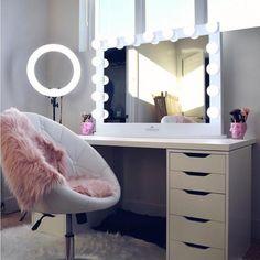 Vanity, makeup rooms and bedroom makeup studio, bedroom makeup vanity, make Bedroom Makeup Vanity, Makeup Vanity Decor, Makeup Room Decor, Closet Vanity, Makeup Desk, Diy Makeup, Girl Desk, Glam Room, Dream Rooms
