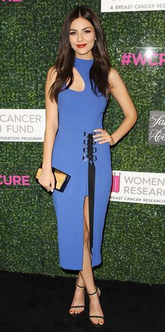 Victoria Justice got it right in a fun cutout dress at the An Unforgettable Evening gala for Women's Cancer Research. The star kept the accessories simple—strappy sandals, a statement ring and hoop earrings by John Hardy, and a hard case clutch—to let the dress take the spotlight.