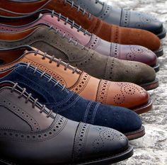 Inspired Looks For An Elegant Man Picture Description The perfect shoe is a detail that makes the difference and Gentleman Shoes, Dapper Gentleman, Modern Gentleman, Gentleman Style, Gentlemans Club, Allen Edmonds, Dandy, Elegant Man, Men S Shoes