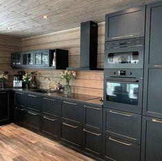 Log Home Kitchens, Home Decor Kitchen, Country Kitchen, Kitchen Interior, Kitchen Decorations, Kitchen Ideas, Dream Kitchens, Küchen Design, House Design