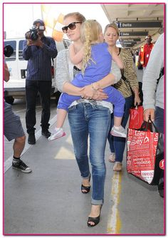 Amy Adams Returns Home to Cali With Aviana And Darren | Babyrazzi