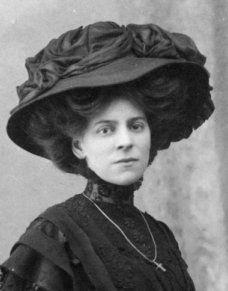 Edwardian Merry Widow hat
