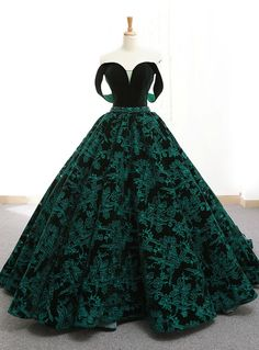 Silhouette:ball gown Hemline:floor length Neckline:off the shoulder Fabric:lace . Silhouette:ball gown Hemline:floor length Neckline:off the shoulder Fabric:lace Shown Color:green Sleeve Style:sleeveles. Lace Ball Gowns, Ball Gown Dresses, Prom Dresses, Ball Gowns Fantasy, Royal Ball Gowns, Elegant Ball Gowns, Wedding Dresses, Dress Prom, Evening Dresses
