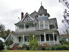 Victorian house in North Hill, Pensacola, Florida