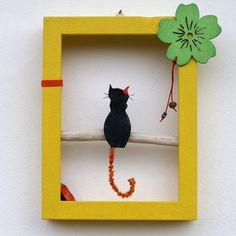 Γάτα σε κλαδί (4) Handicraft, Objects, Frame, Handmade, Home Decor, Gatos, Craft, Picture Frame, Hand Made