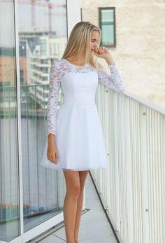 Dance Dresses, Cute Dresses, Casual Dresses, Fashion Dresses, 8th Grade Graduation Dresses, 8th Grade Formal Dresses, Confirmation Dresses White, All White Party Outfits, Bride Reception Dresses