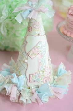 Shabby chic party hat