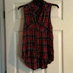 Sleeves shirt Plaid sleeves shirt. In excellent condition worn 3x. Rock & Republic Tops Tank Tops