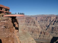 21. Step out on the #Grand Canyon #Skywalk - 50 Things to do in the USA before You Die ... → #Travel #Quarter