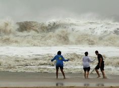 21 best hurricanes and storms in ocean city md images hurricane rh pinterest com