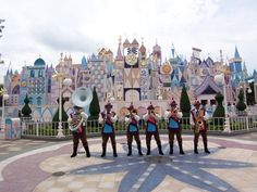 Hongkong Disneyland :: It's a small World