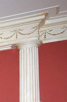 pilaster- Zuil die vrijstaand is. Deze kan een dragende of versierende functie hebben.