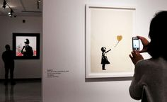 Για πρώτη φορά 150 έργα του φαντομά Βanksy σε έκθεση στο Palazzo Cipolla
