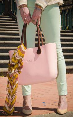 . Pandora Bag, Fashion Addict, Designer Handbags, What To Wear, Purchase Order, Shoulder Bag, Tote Bag, Purses, My Style