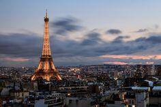 Eiffel Tower, Paris, France Beautiful Buildings, Beautiful Landscapes, Beautiful Places, Amazing Places, Monuments, Places To Travel, Places To See, Tour Eiffel, Vacation Spots