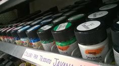 Colori per Tessuto Javana Textil 50ml € 5.00 Colori per tessuti chiari e scuri  Fabric paint for light and dark textiles • Smooth, brilliant fabric paints with creamy character • Including 6 shades of brilliant neon fabric paint with fluorescent pigments • Penetrates fiber-deep • Water-based • For light-colored textiles made of cotton, viscose and blends up to 20% synthetic fiber content. • Light-fast and wash-resistant after fixing (inside-out up to 60 °C)  #fabric #paint #color #textil