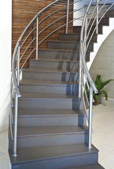 Die #Caesarstone #Treppen sind nicht nur extrem hart und haltbar, sonder auch äußerst Schmutz- und rissfest.  http://www.treppen-deutschland.com/caesarstone-treppen-moderne-caesarstone-treppen