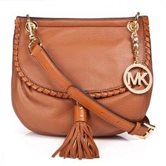 MK women bags only $71.00 for You,Repin It and Get it immediately! Not long time Lowest Price. #AllAccessKors #NYFW #FallingInLoveWith #SpringFling
