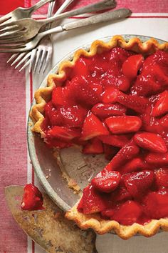 Check out what I found on the Paula Deen Network! Paula Deen Cuts the Fat: Old-Fashioned Strawberry Pie http://www.pauladeen.com/old-fashioned-strawberry-pie