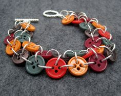 I thought this would blend well with the chainmaille -- DIY: 20 Accessories With Old Buttons