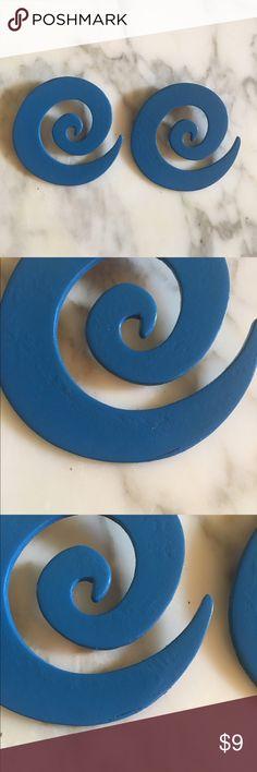 SALE!! Wooden swirls earrings✨ Unique wooden swirl earrings✨🌀 Jewelry Earrings