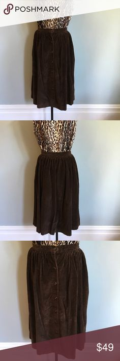 """Vintage Sears // 70s Corduroy Skirt // Size 12 Vintage 1970's secretary button up cord skirt. Small waisted full skirt with pockets.   Pre-loved vintage cotton polyester in fair condition. Vintage items are sold AS IS, their nature is pre-loved and so they may have loose seams or fabric imperfections.  Approximate Measurements: Waist 28"""" Length 30""""  ✅Bundle discounts ✅ Will consider reasonable offers 🚫No trades ✉️Please let me know if you have questions, I'm happy to answer  📷 Check out my…"""