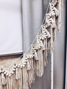 Size approximately: ✔️ ✔️ (in my photo in gray) ✔️ (in my photo in ivory) This handmade macrame wall hanging with tassels is made with natural cotton cord and available in these colors: Ivory, Sand, Gray, Black, White and Terracotta. Macrame Wall Hanging Diy, Macrame Art, Macrame Projects, Macrame Knots, Macrame Patterns, Wall Patterns, Boho Diy, Boho Decor, Modern Macrame