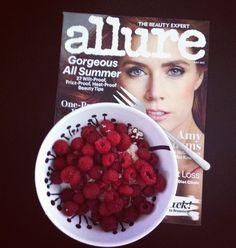 #breakfast#fruits#raspberry#oatmeal#allure