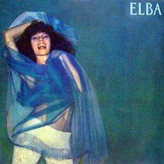Elba, lancé en 1981, est le troisième album d'Elba Ramalho et le dernier réalisé pour CBS (et le moins bon) avant son départ chez Sony Music. Sa voix, son point fort, est toujours aussi extraordinaire et inimitable. Un charmant phrasé nasillard qui ondule...