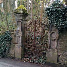 Tor zum Garten kaum benutzt. by fxneumann