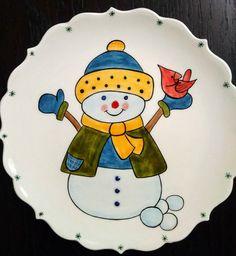 MUGECE - Çini tekniği ile 18 cm. yılbaşı tabağı Christmas Clay, Christmas Plates, Christmas Projects, Drawing For Kids, Art For Kids, Sharpie Designs, Christmas Crafts, Christmas Decorations, Sharpie Crafts