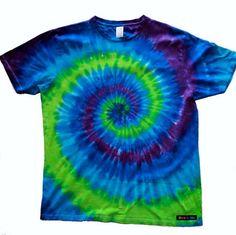 I'd wear this tshirt. http://www.rarebutterfly.com.au/shop/adultstees/BlueGreenPurpleAdultTeeSmall.jpg