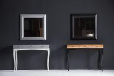 Интерьерная консоль SILVER&WHITE и WOOD&BLACK с тремя ящиками + зеркало. Дизайн -- Алексей Тискин.Чтобы приобрести консоль с нужными Вам фасадами и основанием, напишите нам info@tiskin.ru