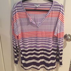Old Navy Flow Top Super comfortable and lose fitted. Gorgeous colors too.   Make an offer! ⚫️ Old Navy Tops Tees - Long Sleeve