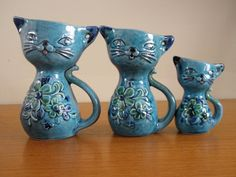 Chat vintage des années 1950, mesure des tasses, des minous en céramique bleus, Japon E-7982